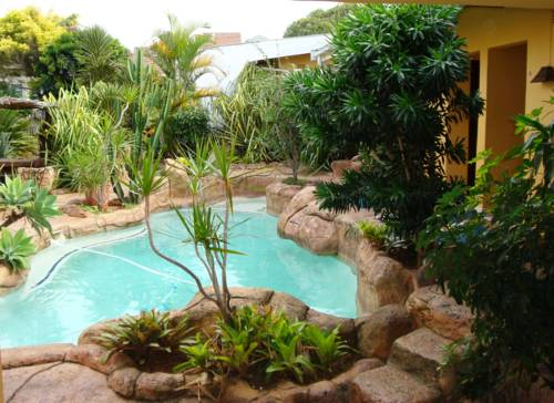hotel Flintstones Guest House Durban