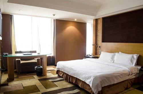 hotel Shenzhen Luohu Railway Station Prince Inn
