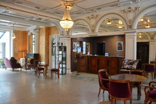 hotel Qualys-Hotel Terminus