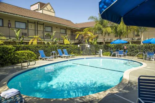 hotel Key Inn and Suites