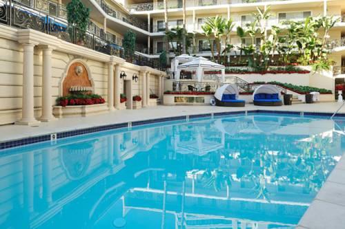 hotel Beverly Hills Plaza Hotel