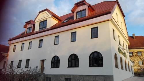 hotel Pension-Gasthof-Metzgerei Hofer