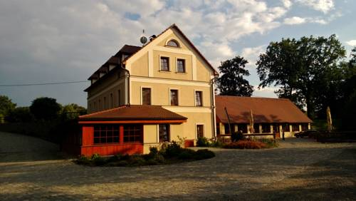 hotel Pension Mlyn Stare Mitrovice