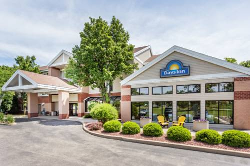 hotel Days Inn & Suites Madison South/ Monona