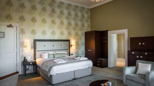 hotel Oakley Hall Hotel