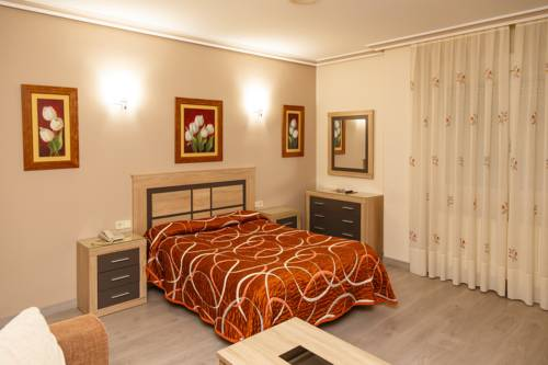 hotel Hostal El Cruce
