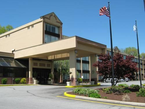 hotel Holiday Inn Danbury-Bethel at I-84