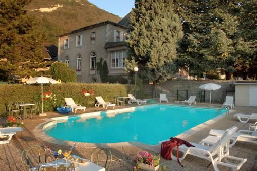 hotel Château des Comtes de Challes