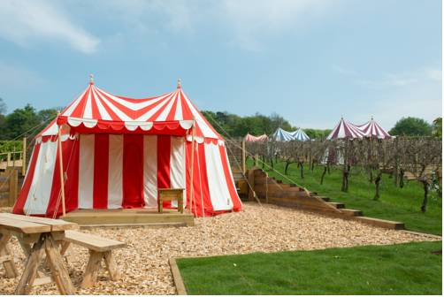 hotel Knights Glamping at Leeds Castle
