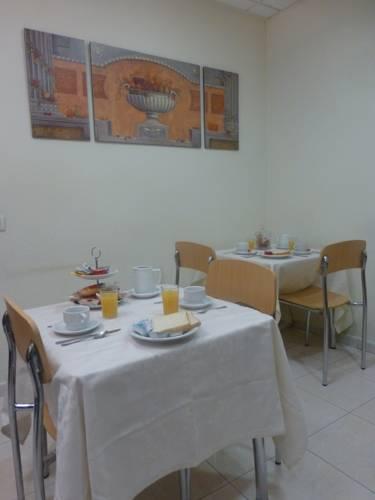hotel Hostal El Val