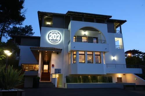 hotel Hotel 202