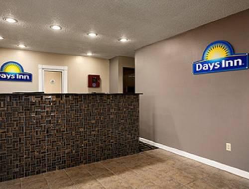 hotel Days Inn Cloverdale