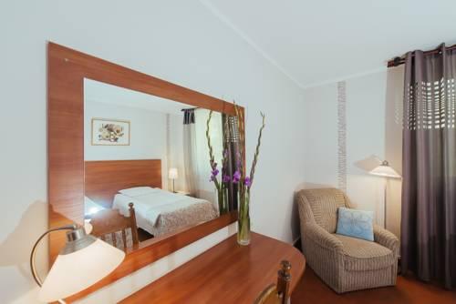 hotel Hotel Pod Sosnami