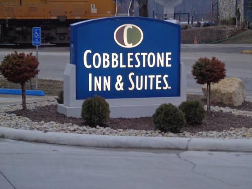 hotel Cobblestone Inn and Suites Marquette
