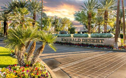 hotel Emerald Desert RV Resort