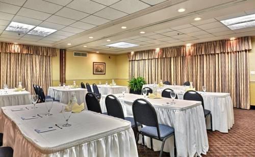 hotel Comfort Suites Marion