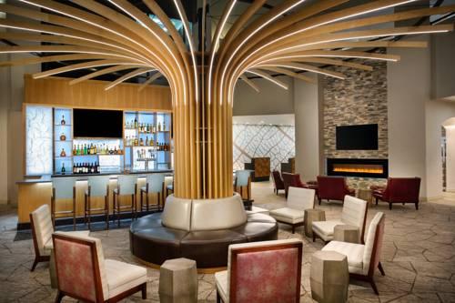 hotel Crowne Plaza Portland - Lake Oswego