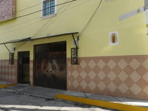 hotel Suites INR El Forestal