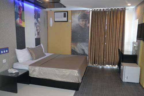 hotel Icon Hotel North EDSA