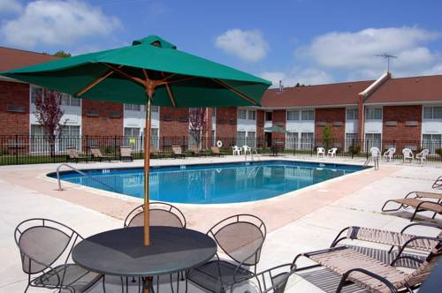 hotel Rodeway Inn & Suites East Windsor