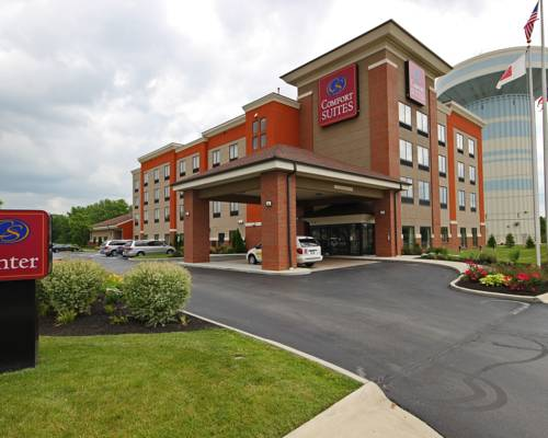 hotel Comfort Suites East Broad at 270