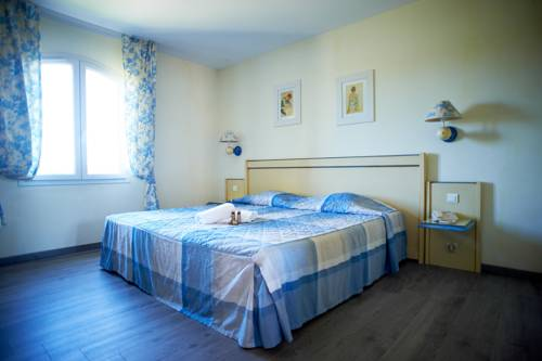 hotel Residhotel Golf Grand Avignon