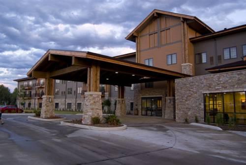 hotel King's Pointe Waterpark Resort