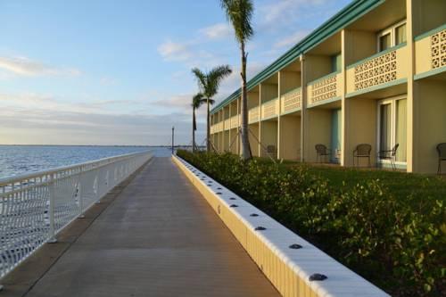 hotel Punta Gorda Waterfront Hotel & Suites