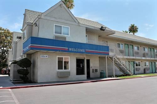 hotel Motel 6 Bakersfield East