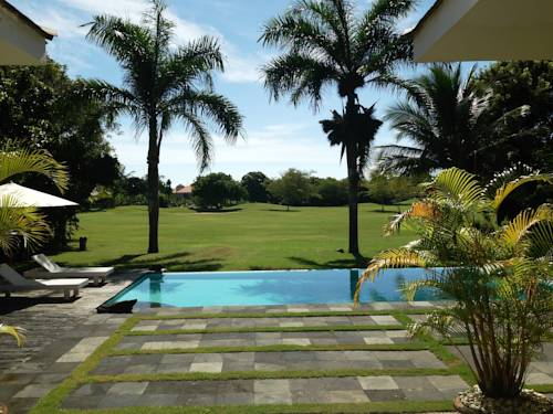 hotel Villa en Campo de Golf en la Playa de Juan Dolio