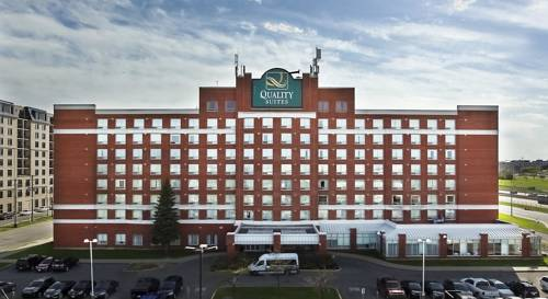 hotel Quality Suites Montreal Airport