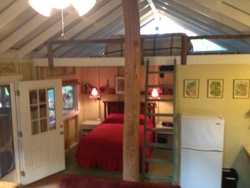 hotel Carson's Kaloko Mountain Cabin