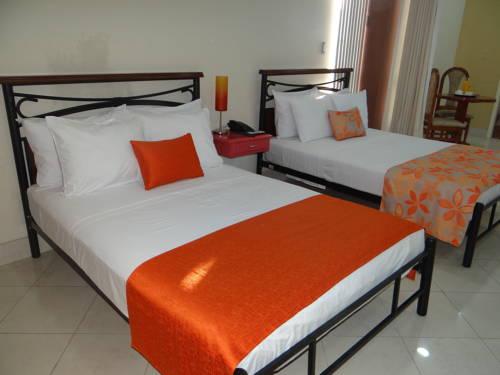 hotel Delfin Amazon Suites