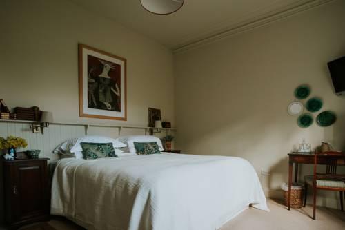 hotel At No 9