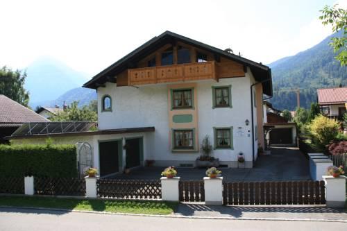 hotel Ferienwohnungen Kundler