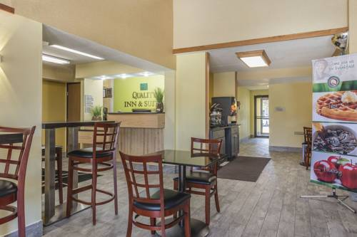 hotel Quality Inn & Suites Harmarville