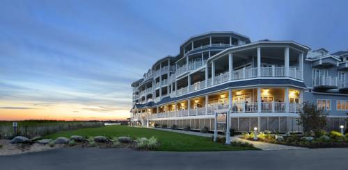 hotel Madison Beach Hotel, Curio Collection by Hilton