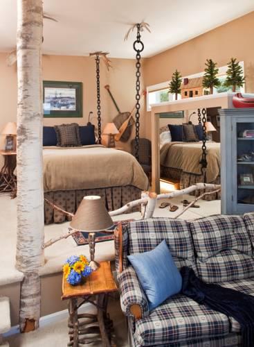 hotel Lodge at Moosehead Lake