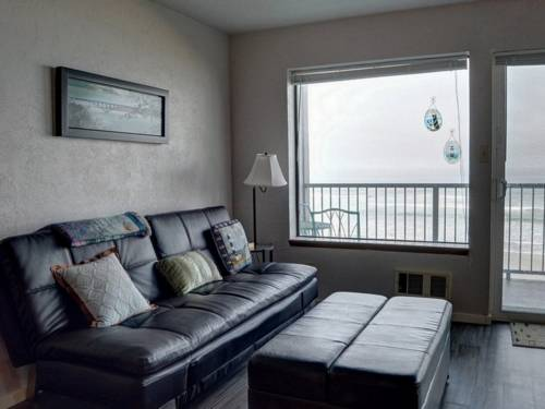 hotel Seascapes At Pacific Crest Condos #204