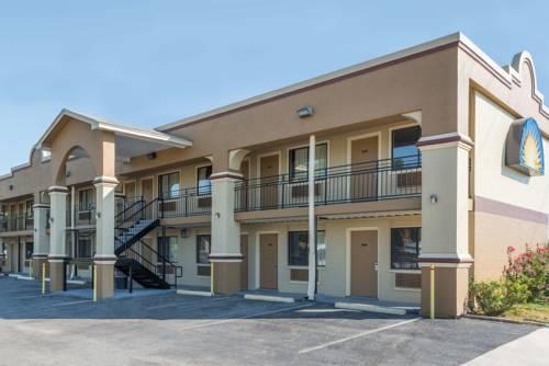 hotel Days Inn San Marcos