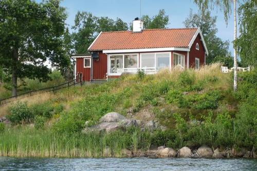 hotel Four-Bedroom Holiday home in Åtvidaberg