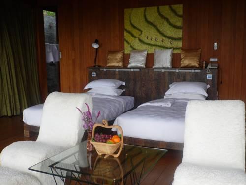 hotel Monte diVino Lodge