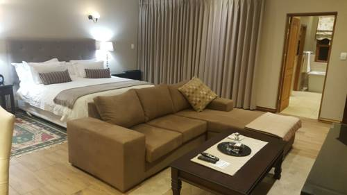 hotel Executive Suite in Woodmead East