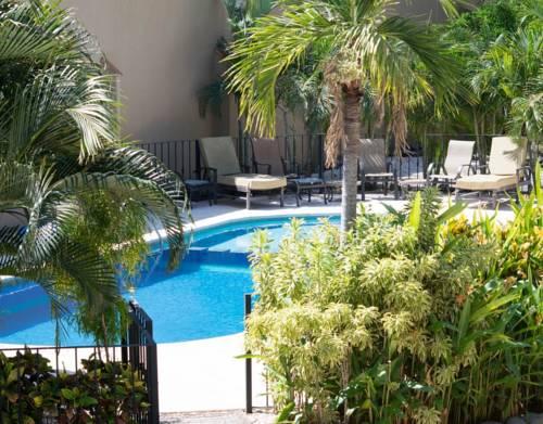 hotel Experience Avellanas Condos