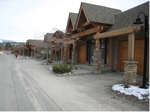 hotel Sullivan Stone Lodge by Rocky Now