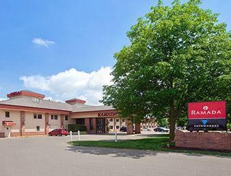 hotel Ramada Saginaw Hotel & Suites