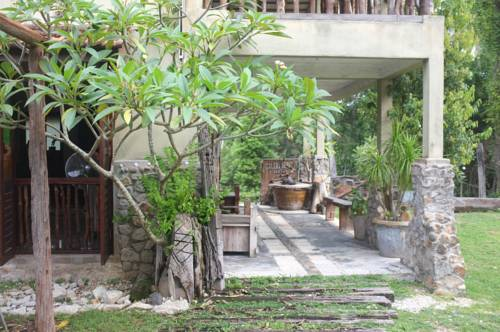 hotel Sepat Village House by the Beach