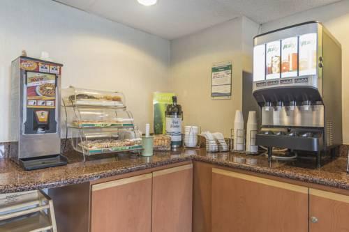 hotel Quality Inn & Suites Toronto West 401-Dixie