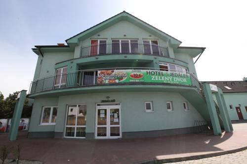 hotel HOTEL ZELENÝ DVOR