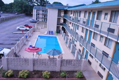 hotel Bama Inn